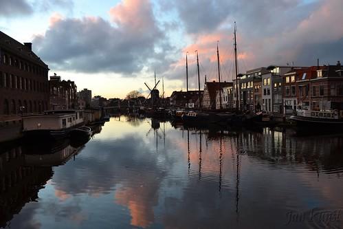 sunset cloud holland netherlands windmill river evening boat leiden harbour dusk nederland leyden 荷兰 grindingmill ouderijn galgewater oldrhine molendeput 莱顿