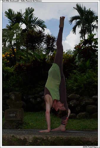 Standing split - Urdhva Prasarita Eka Padasana