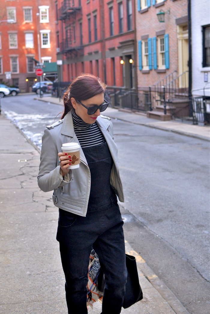 Christine-Cameron-My-Style-Pill-Black-Overalls-rag-and-bone-boots-madewell-bag-new-york-city-west-village8