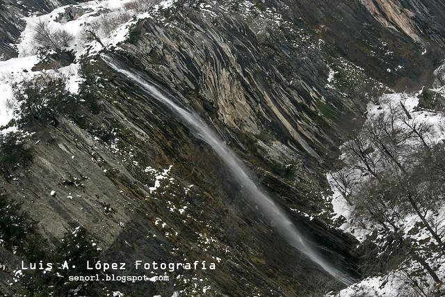 Cascada de Cailagua, Asón