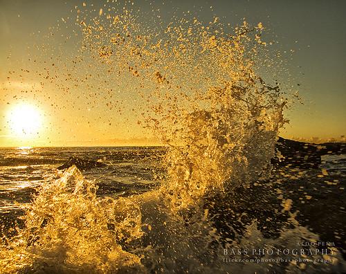 sea sun motion water yellow sunrise movement rocks sydney australian australia nsw newsouthwales splash australianlandscape eastcoast littlebay australiansuburbs