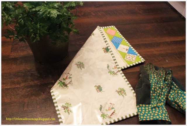 Knee Garden Mat_Placemat_PatchworkPlease_vinyl backing