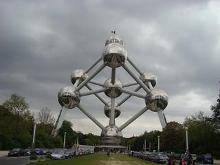 002 Atomium