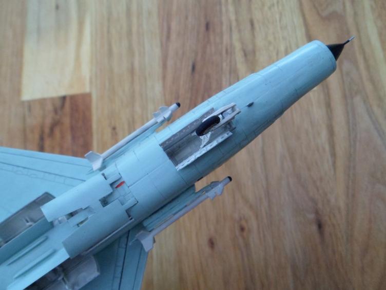 Un géant vert redoutable [Vought F-8 P Crusader Academy 1/72] 9556147509_38b324221f_o