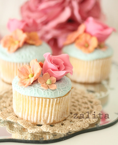 bridal shower cuppies by {zalita}