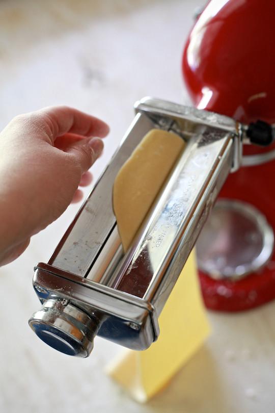 How to make Homemade Pasta   TheNoshery.com - @TheNoshery