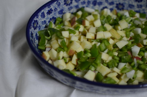 Apples, cucumbers and green pepper