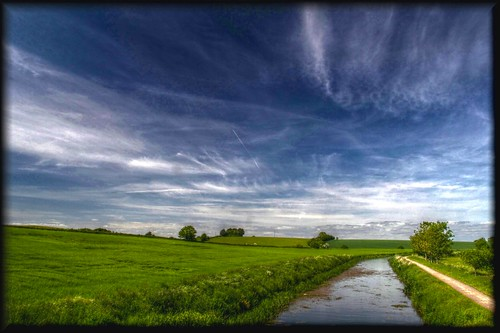 summer cloud water clouds rural countryside boat canal bluesky bt tone barge navigation hdr waterway taunton bridgwater durston charlton creech stopline parrett maunsel huntworth firepool northnewton rivertrust canalandrivertrust