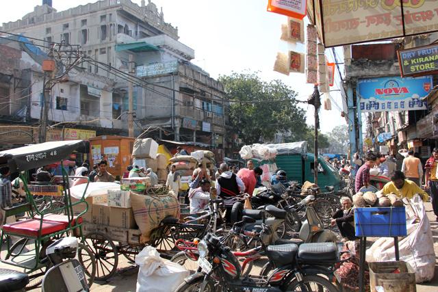 Walking through Delhi