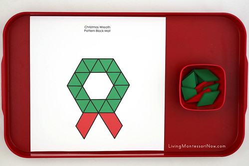 Christmas Wreath Pattern Block Tray