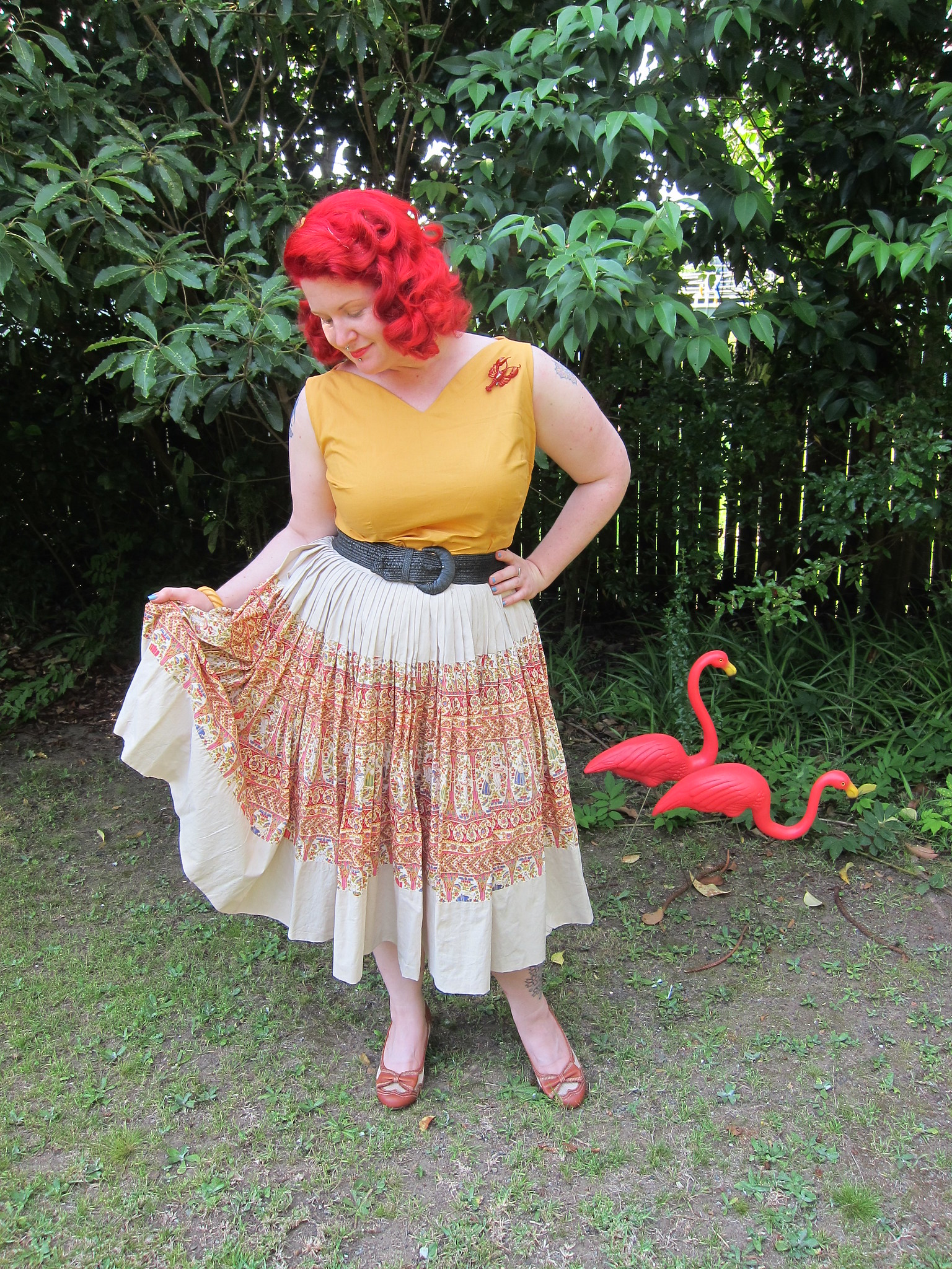 1950s lobster brooch novelty plus size skirt nelly de grab red