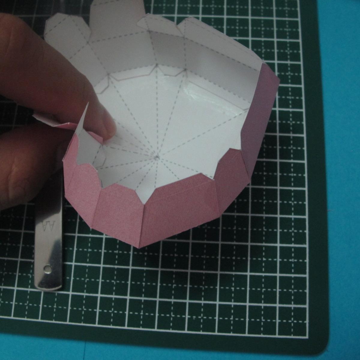 วิธีทำของเล่นโมเดลกระดาษรูปหัวใจ 013