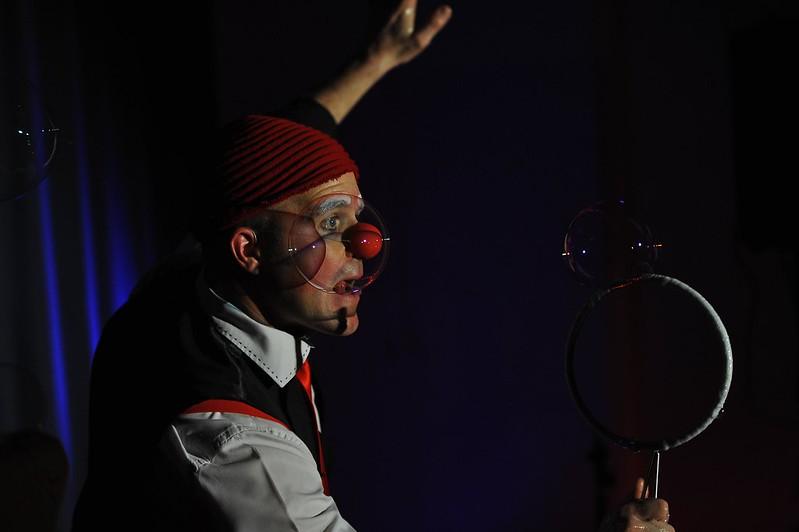 Evry Daily Photo - MQ des Champs Elysees Evry - Spectacle magie pour la galette des rois 08