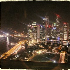 #singapore #singaporean #lookingback #picoftheday #shotoftheday #shotz_hot #hotshotz #skyline #skylight #lumia920 #fareast