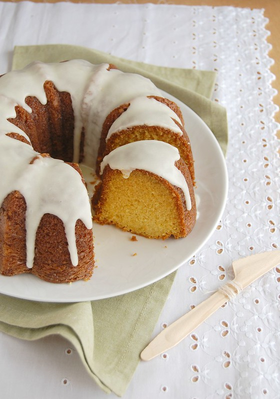 Orange sour cream Bundt cake / Bolo de laranja e sour cream