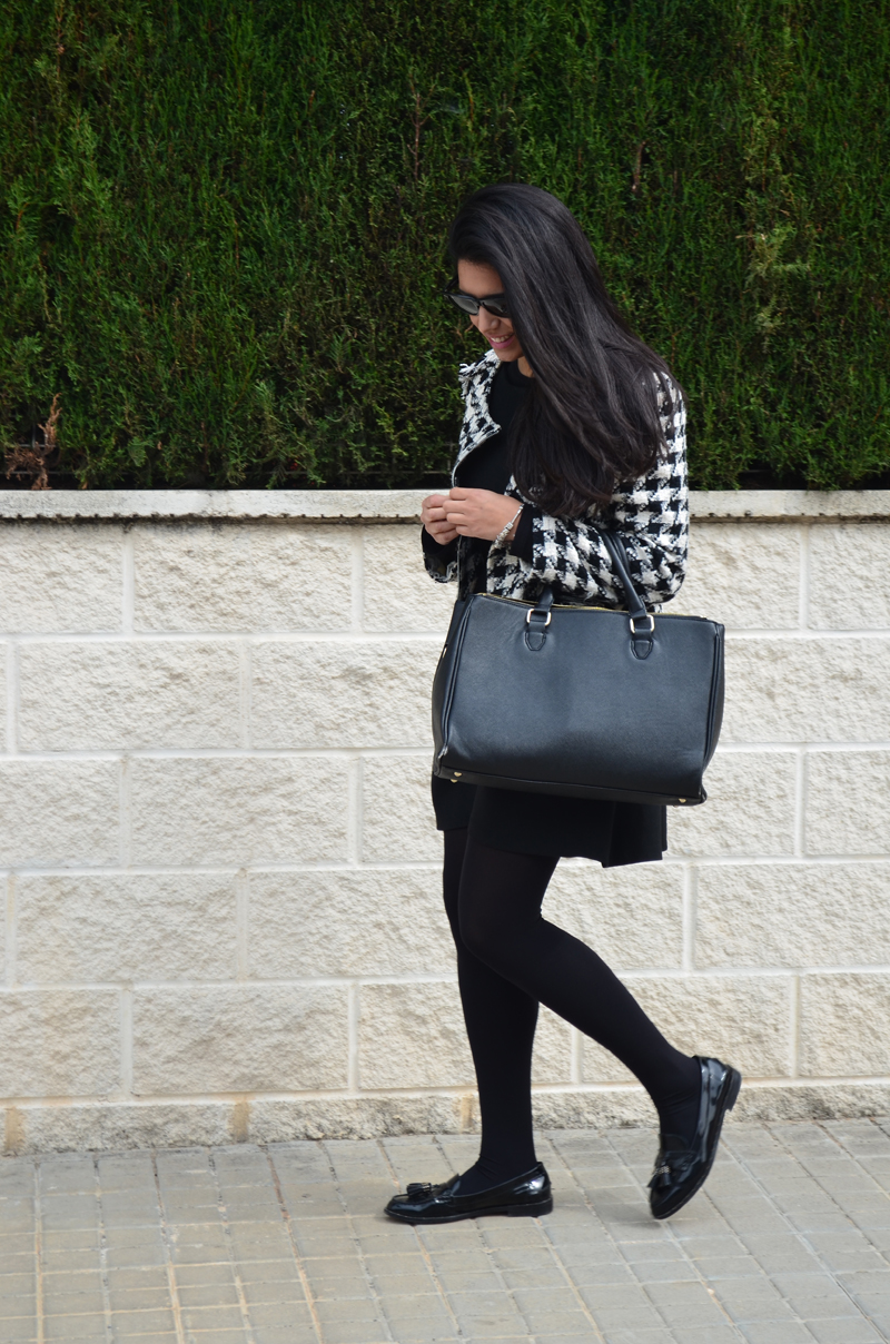 florenciablog tweedjacket estampado pata de gallo little black dress LBD mocasines zara (10)