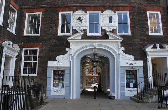 Wildy & Sons Ltd, Lincoln's Inn Archway