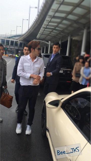 [Pics-2] JKS returned from Beijing to Seoul_20140427 14031959371_9511669eb2_z