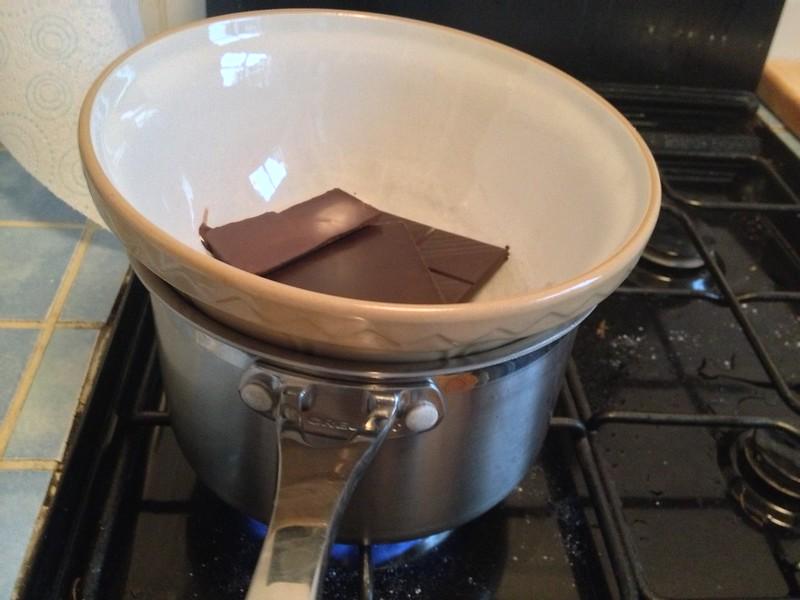 Chocolate Dolce Tart : Melt the Chocolate