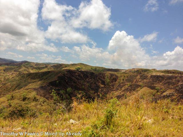 (20) Indonesia - Sumba - Hills, blue sky (02)