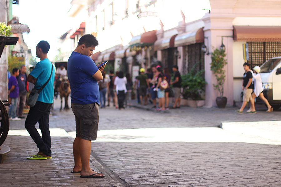 Vigan-tourists_03