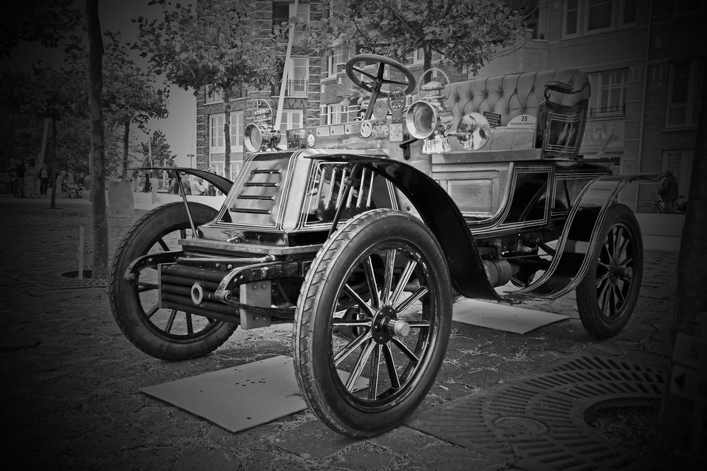 Clément Talbot Runabout 1904 B&W (8739)