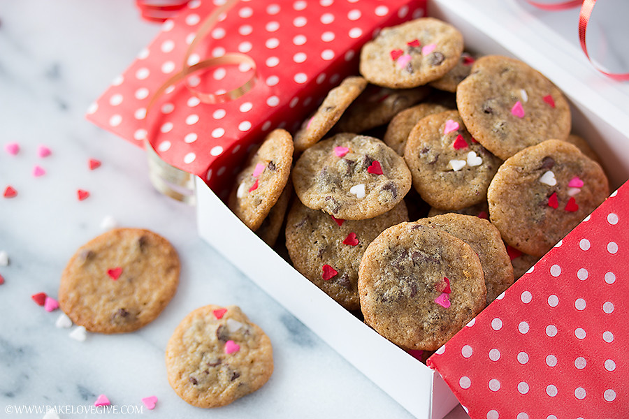 One simple technique makes it incredibly easy to bake up dozens of Itty Bitty Valentine Chocolate Chip Cookies just perfect for packaging and spreading love.