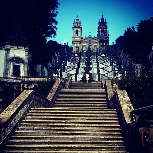 Salendo la scalinata del Mosteiro do Bom Jesus, Braga