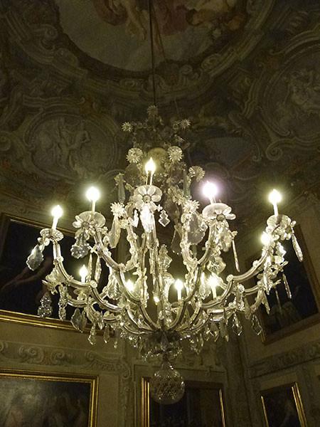 lustre palais spinola