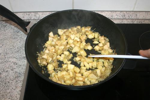 21 - Apfelstücke anbraten / Braise apple pieces