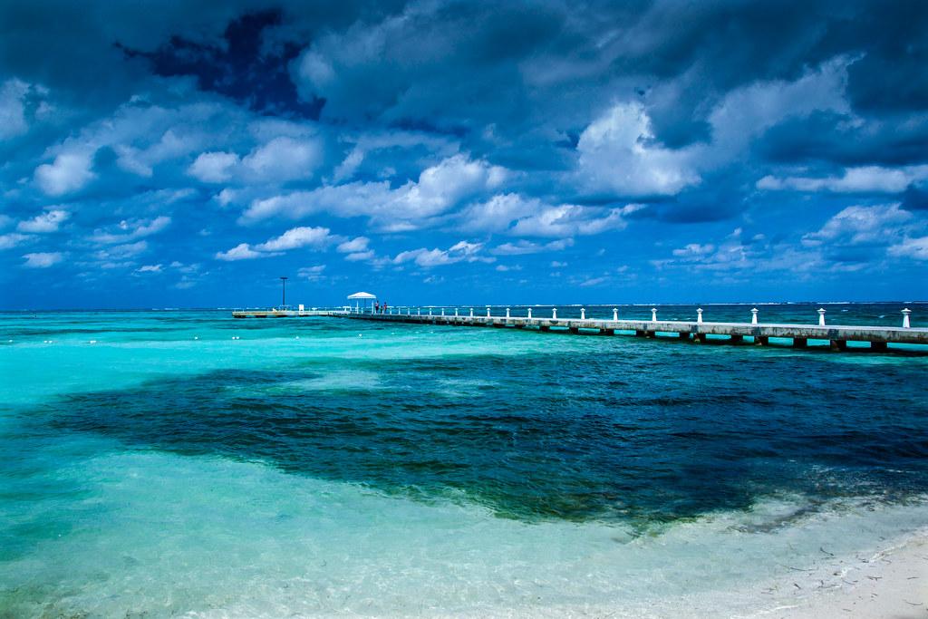 Grand Cayman Island Airport Code