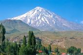 Iran-Trekking/Bergwandern. Damavand, 5671 m Besteigung des höchsten Berges im Iran. Foto: Sigi Hupfauer.