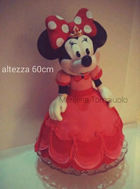 Minnie Mouse Cake by Marilena Tomaiuolo