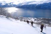 Skitouren Norwegen mit Schiff/Boot Lyngenalps. Foto: Günther Härter.