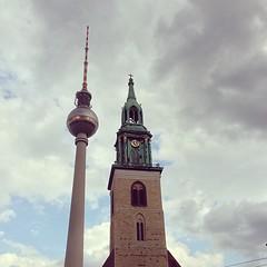 Fernsehturm vs. Marienkirche