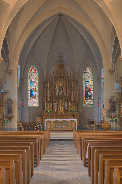 Sacred Heart Roman Catholic Church (Saint Katharine Drexel Parish), in Springfield, Illinois, USA - nave