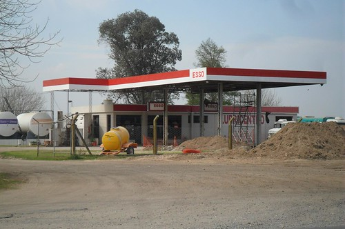 ESSO Andres Omar Grasso - Agroestación abastecedora