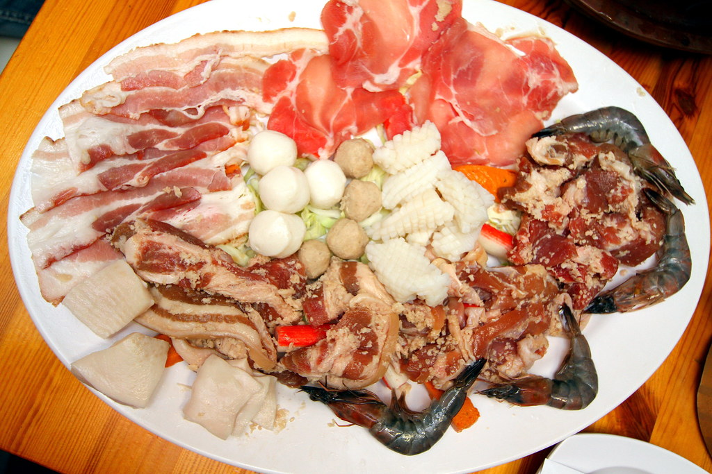 Mookata: Seafood and Meat Plate