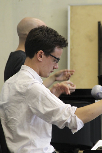 Paul Wingfield in rehearsal for El gato con botas, Meet the Young Artists Week © ROH/Ruairi Watson, 2013