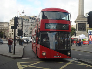 London United LT74 on Route 9, Trafalgar Square