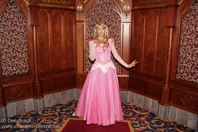 Meeting the Princesses at Royal Hall