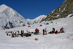 Obóz bazowy przy lądowisku