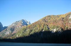foto per 20. Il Picco di Mezzod+¼ dalla piana dell'Alpe del Lago.