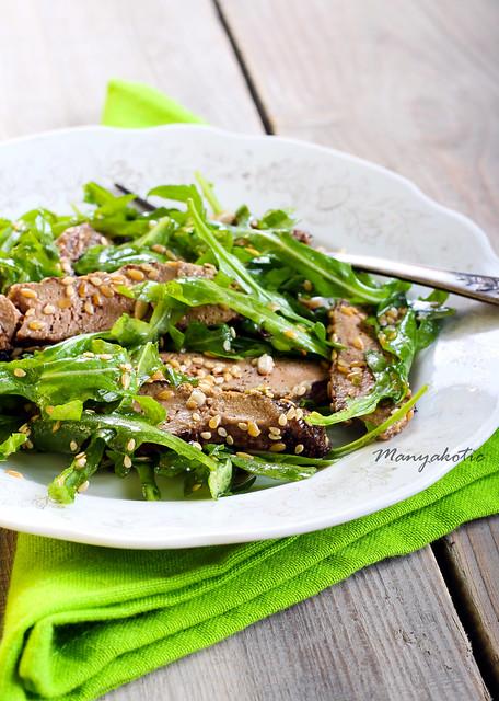 Liver and rocket salad