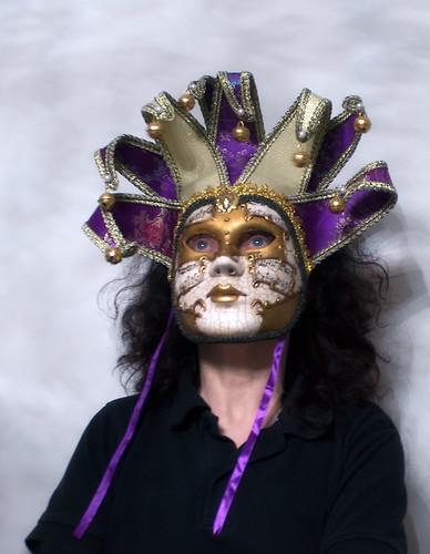 28. # Mask, tema nr 180