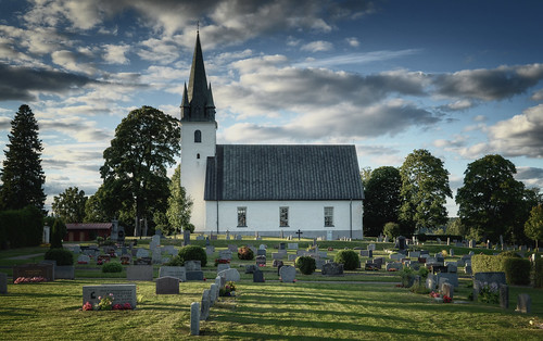 flowers trees windows roof sunlight tower history church graveyard architecture clouds landscape religious shadows exterior cross sweden cemetary religion pipes medieval graves steeple christian hedge historical sverige christianity tombstones bushes tombs hdr gnesta frustunakyrka