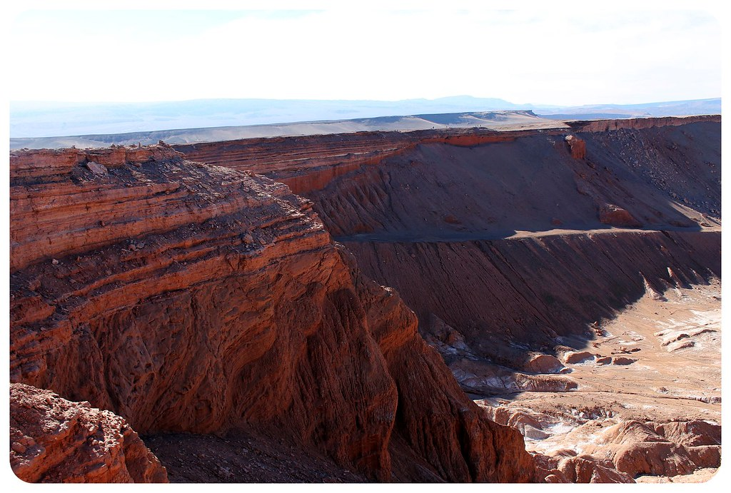 valle de la luna atacama desert canyon