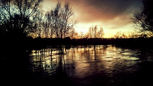 uk greatbritain england thames evening riverthames flickrandroidapp:filter=none nokia920