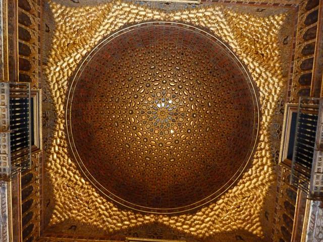 Cúpula del Salón de los Embajadores en los Reales Alcázares de Sevilla