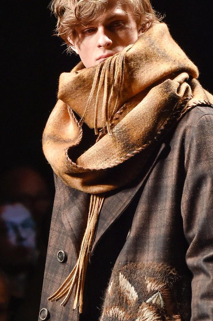 Elvis Jankus3230_FW15 Milan Salvatore Ferragamo(fashionising.com)